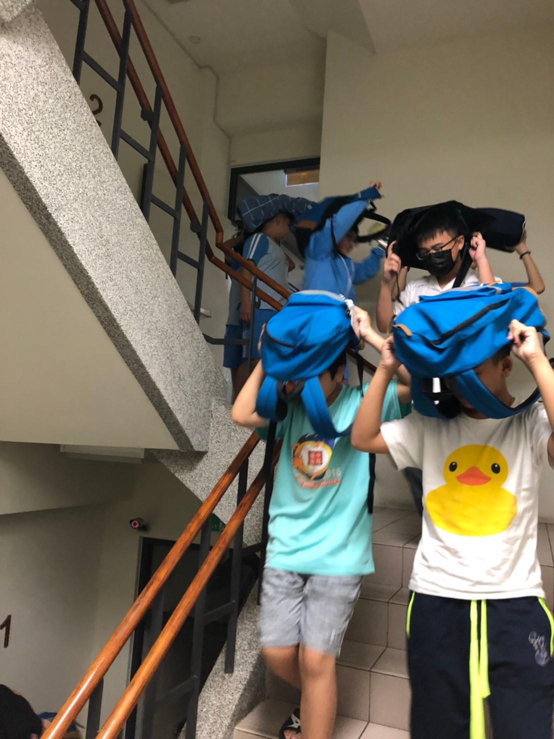 107學年度第一學期學生學生宿舍防震災演練