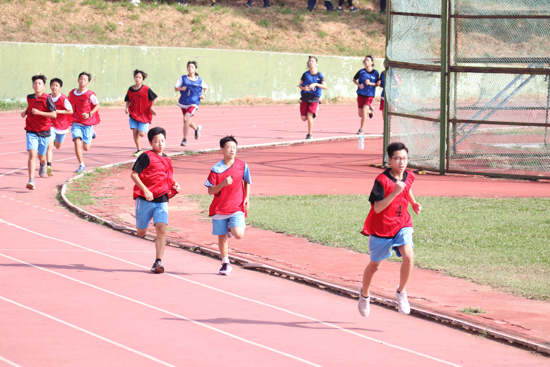 107學年度60周年校慶運動會-100公尺與800公尺決賽