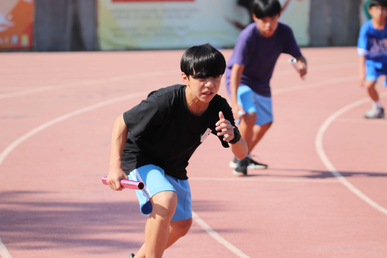 107學年度60周年校慶運動會-400公尺接力