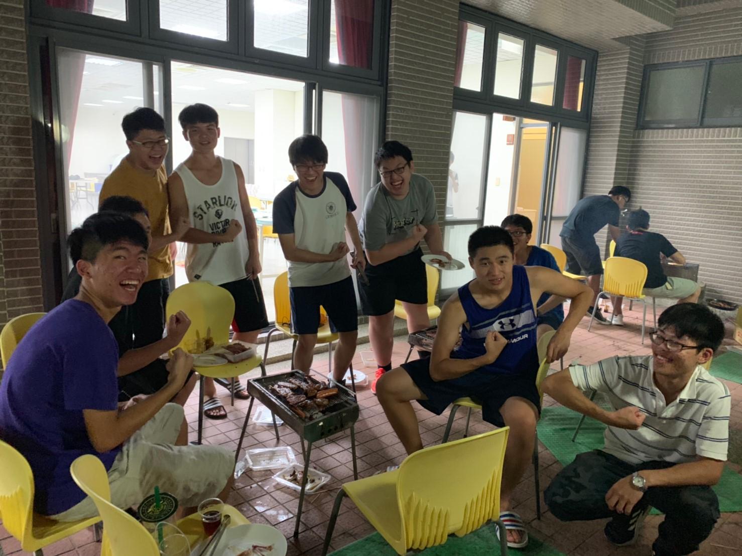 108學年度學生宿舍中秋節烤肉活動