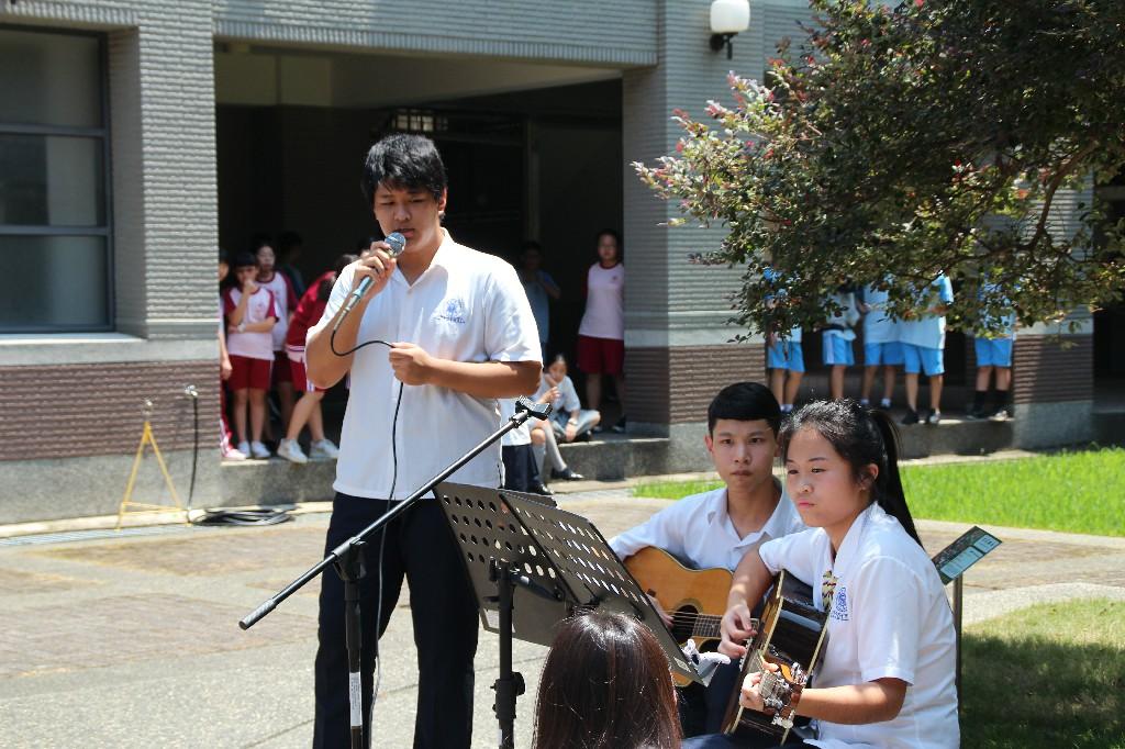108學年度社團博覽會-民謠吉他社