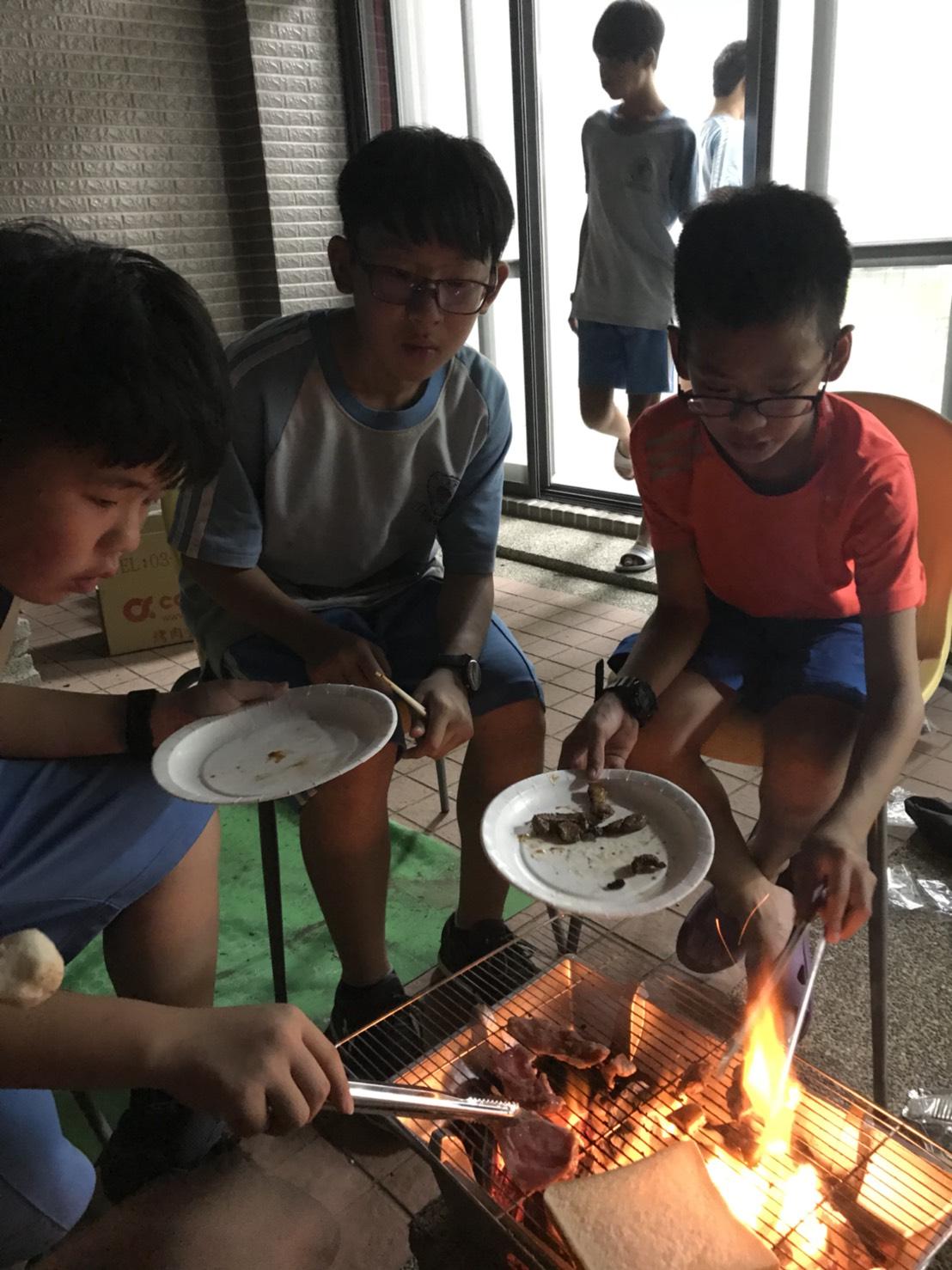106學年度住宿生烤肉活動