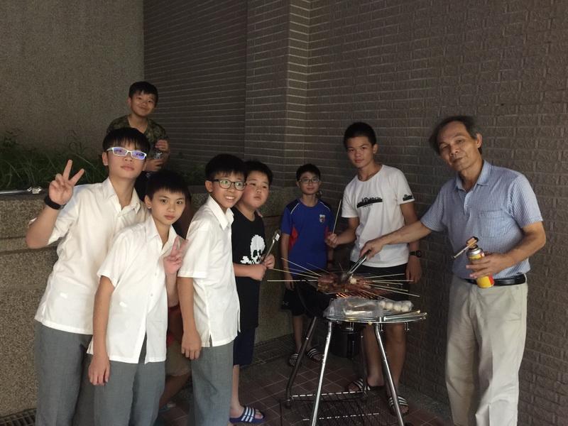 105學年度學生宿舍烤肉活動