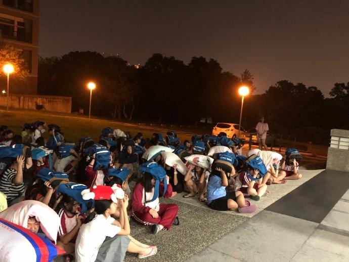 107學年度宿舍生夜間防震災疏散演練